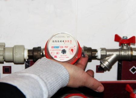 В Курске начинают тотальную проверку счетчиков горячего водоснабжения