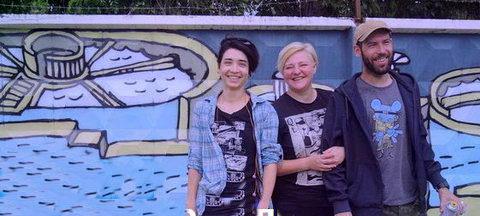 Волгоградские художники расписали забор водоочистных сооружений тематическими рисунками