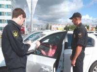 В Омске злостных неплательщиков за коммунальные услуги выявляют с помощью гаджетов