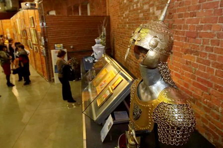 Открылась традиционная выставка творческих работ сотрудников петербургского Водоканала