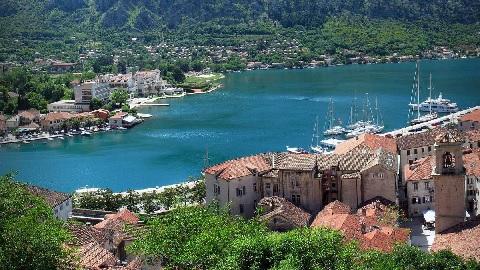 Среди курортов Черногории самые  высокие  тарифы на  коммунальные услуги установлены в Которе