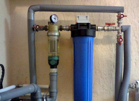 В Орле мнимые сотрудники водоканала устанавливали жителям фильтры за 50 тыс. руб.
