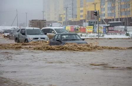 Челябинские власти ищут инвестора, чтобы прекратить череду городских потопов