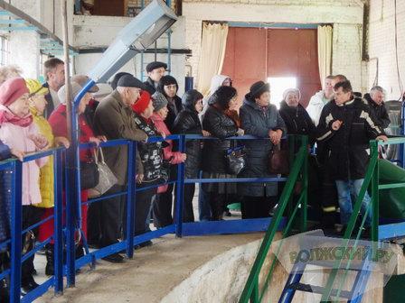 «Водоканал» Волжского провёл для общественников и активистов города экологическую экскурсию
