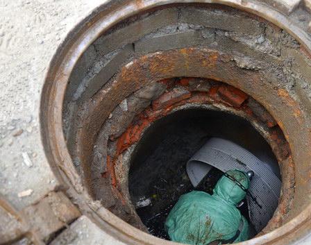 «Тюмень Водоканал» осваивает технологию реновации колодцев