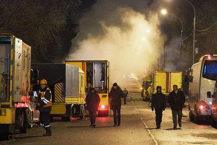 Причиной аварии на теплотрассе в Москве могло быть повторное использование труб