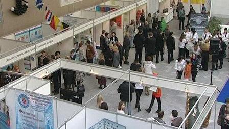Несколько тысяч жителей Петербурга примерили на себе вакансии водных компаний