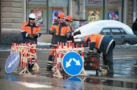 Водоканал Санкт-Петербурга оштрафовали на 700 тыс. руб. за нарушения при проведении аварийных работ