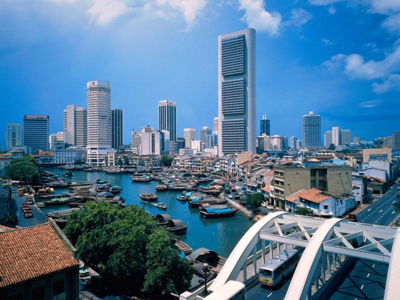 Потребности Сингапура в питьевой воде на 40% обеспечиваются за счет сточных вод