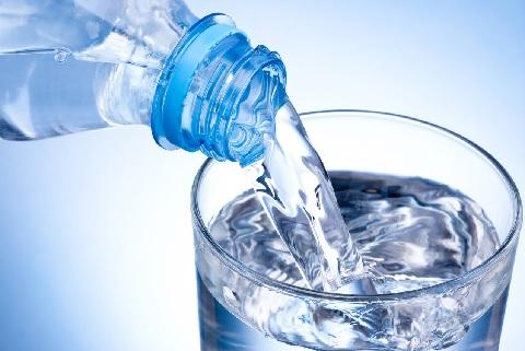 Потребление в мире бутилированной воды растет рекордными темпами