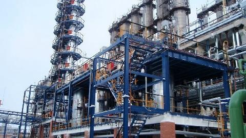 На очистных сооружениях ПАО «Нижнекамскнефтехим» завершается реконструкция узла механической очистки химзагрязненных стоков