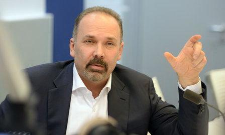 Михаил Мень призывает расторгнуть соглашения по концессиям в сфере ЖКХ с участием МУП
