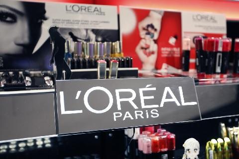 L'Oreal снижает потребление воды на своих производствах