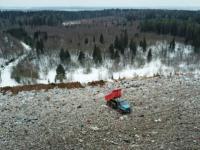 На полигоне твердых бытовых отходов