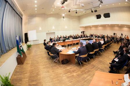 В Югре устроили обучающий семинар по концессиям с онлайн-трансляцией