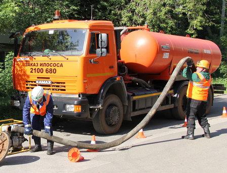 Глава Крыма предложил снизить тариф за вывоз нечистот с 1 тыс. руб. до 35 руб. за кубометр