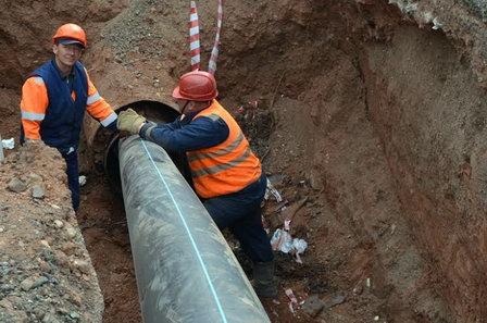 «Концессии водоснабжения» проложили новый коллектор к проблемному жилищному парку