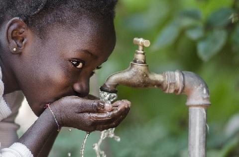 За пять лет благотворительные организации Турции построили за рубежом около 9 тыс. водяных скважин