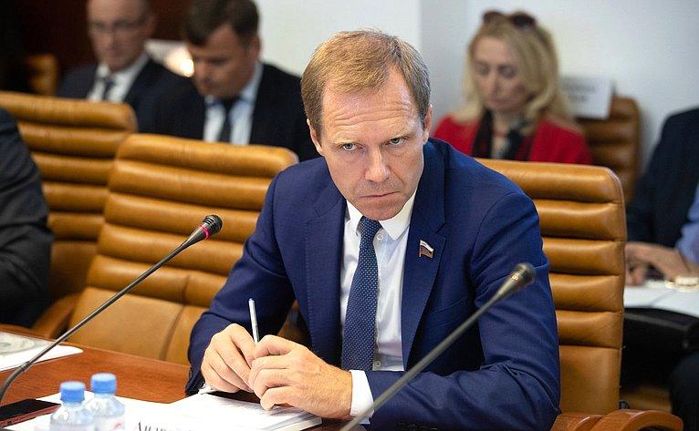 В Совет Федерации поступил законопроект, направленный на бесперебойное тепло-, водоснабжение и водоотведение