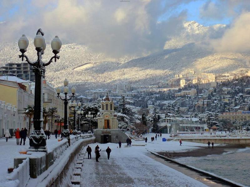 В отделении РАН создали для Крыма установку по получению воды за счет конденсации из атмосферы