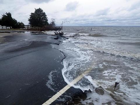 Повышение уровня моря угрожает в США сотням сооружений очистки сточных вод