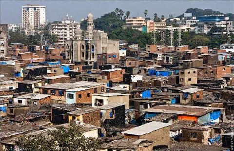 На очистных сооружениях канализации в Мумбаи строится крупнейшая в Азии солнечная электростанция